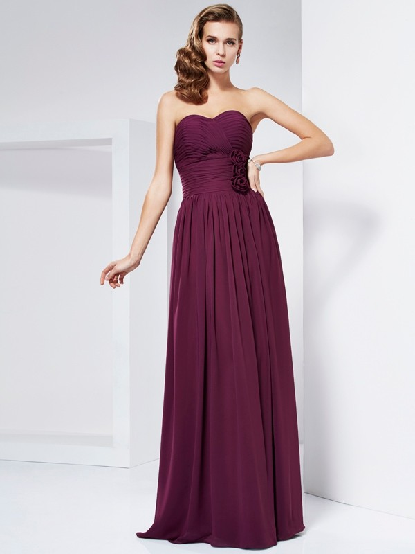 Sheath/Column Sweetheart Sleeveless Hand-Made Flower Long Chiffon Dresses