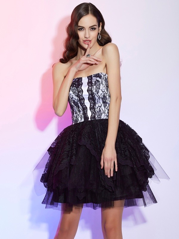 A-Line/Princess Sweetheart Sleeveless Lace Short Lace Dresses