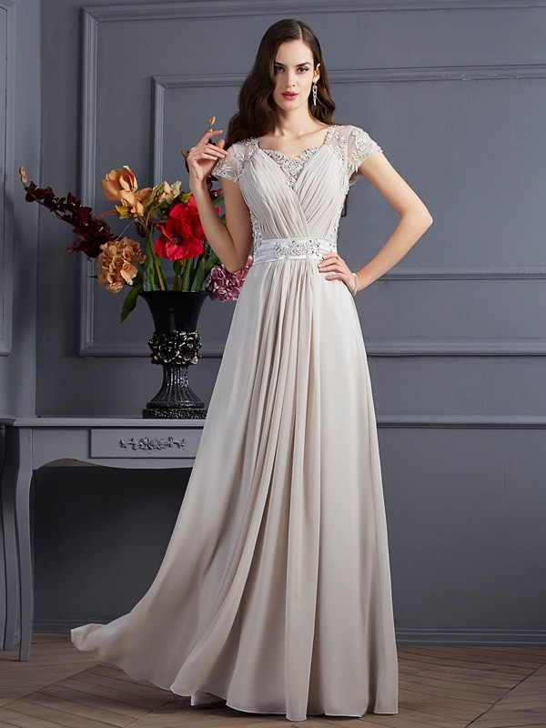 A-Line/Princess Sweetheart Short Sleeves Beading Long Chiffon Dresses