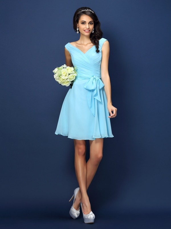 A-Line/Princess V-neck Pleats Bowknot Sleeveless Short Chiffon Bridesmaid Dresses