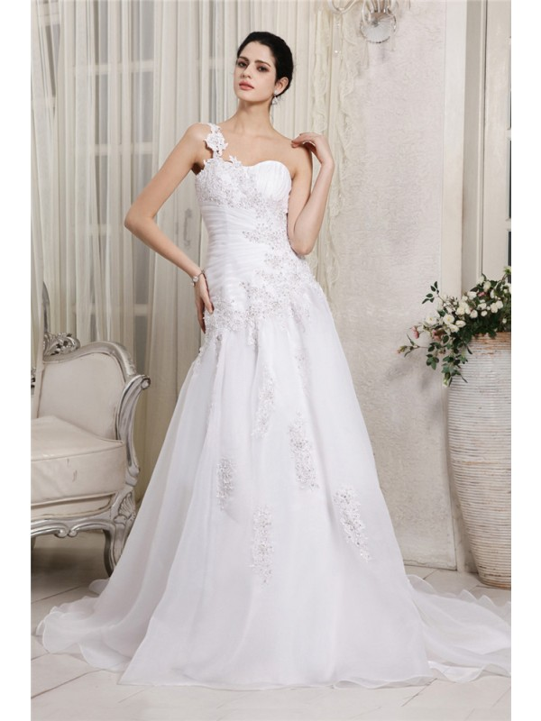 A-Line/Princess One-Shoulder Sleeveless Beading Applique Long Organza Wedding Dresses