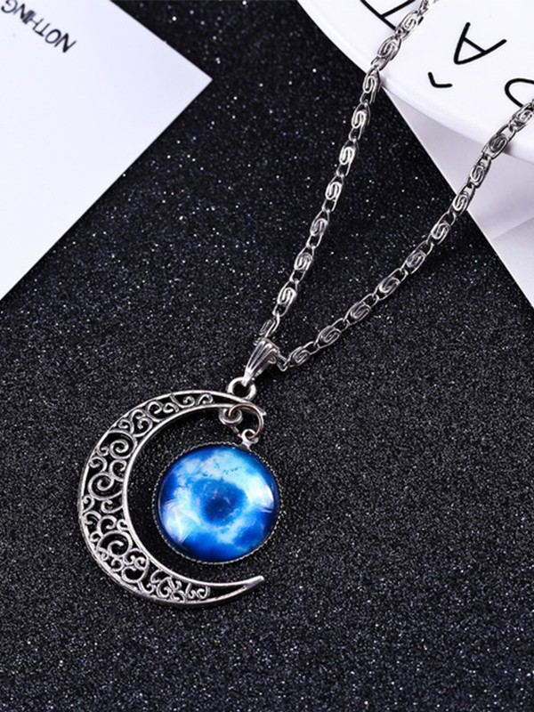 Chic Alloy With Moon Hot Sale Necklaces