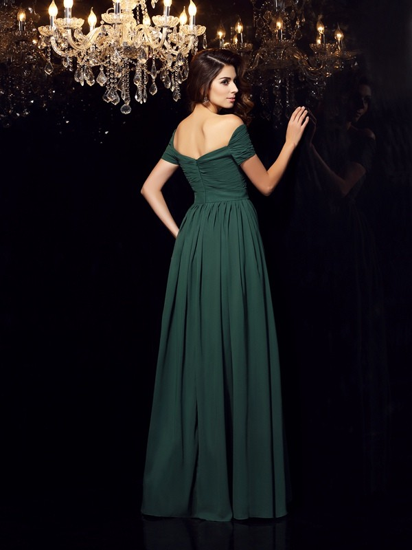 A-Line/Princess Off-the-Shoulder Ruched Sleeveless Long Chiffon Dresses