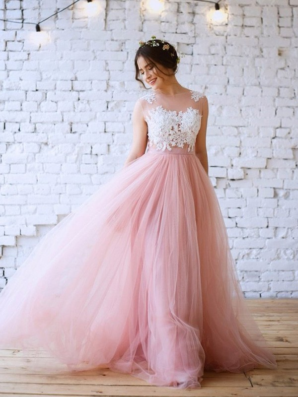 Applique A-Line/Princess Sweep/Brush Train Sleeveless Bateau Tulle Dresses