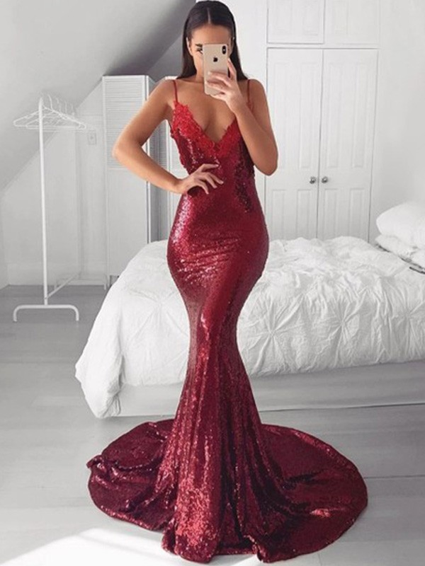 V-neck Trumpet/Mermaid Sleeveless Sweep/Brush Train Sequins Applique Dresses