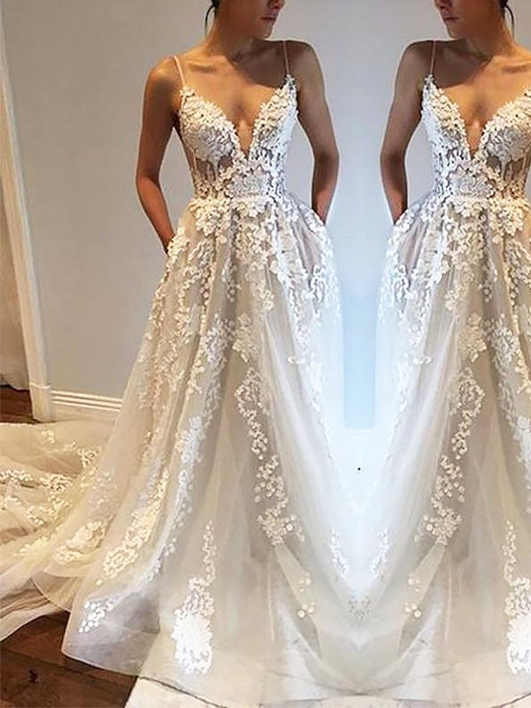 A-Line Spaghetti Straps Court Train Tulle Sleeveless Wedding Dresses