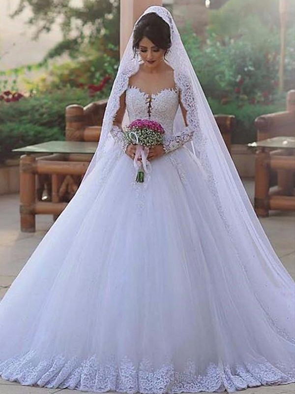 Ball Gown Tulle Sweetheart Sweep/Brush Train Long Sleeves Wedding Dresses With Lace