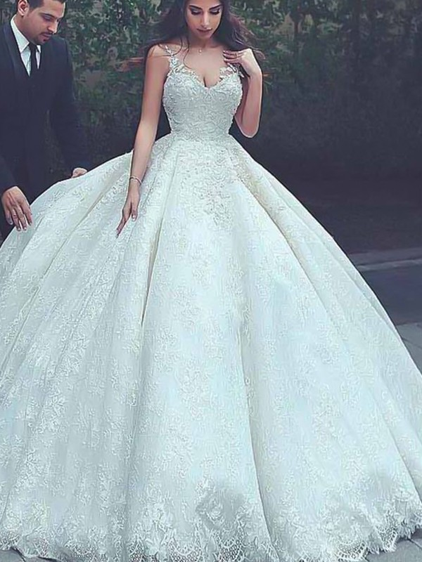 Ball Gown Sweep/Brush Train Spaghetti Straps Sleeveless Tulle Wedding Dresses With Lace